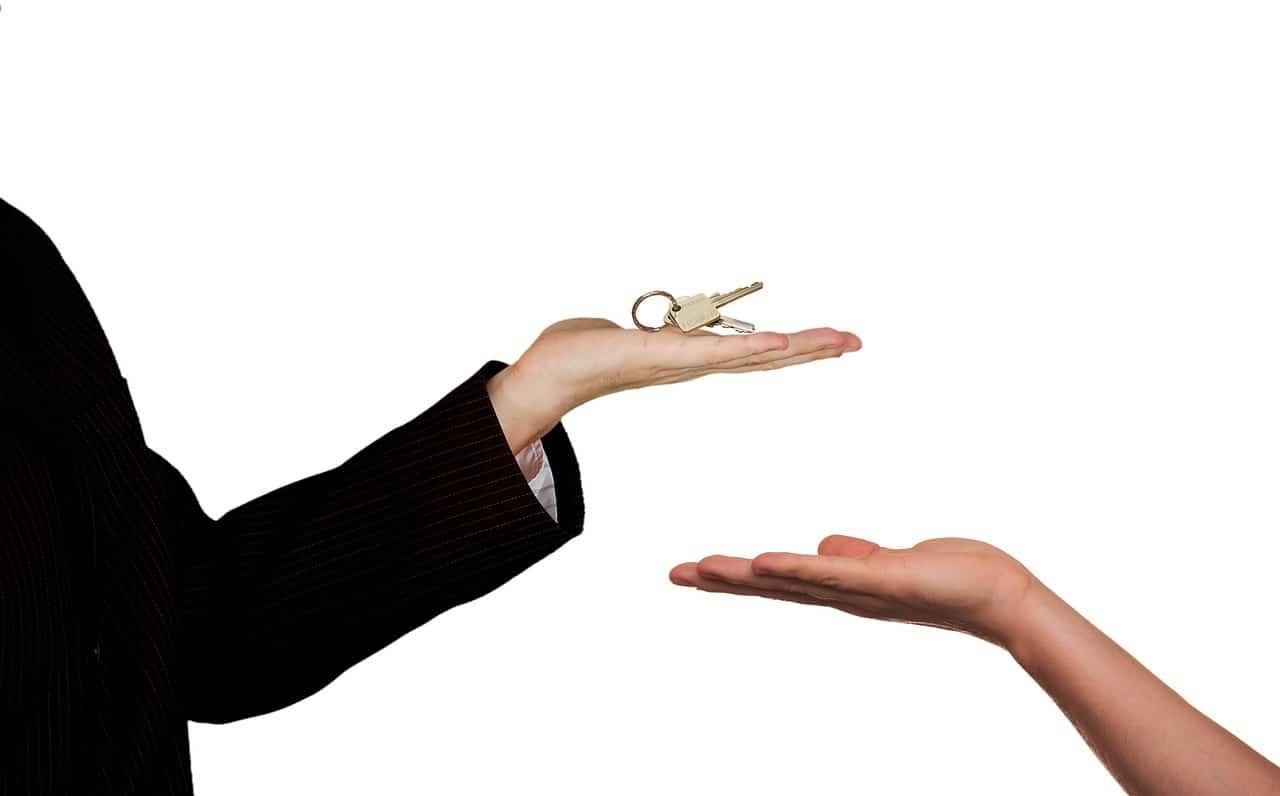 ידיים ומפתחות