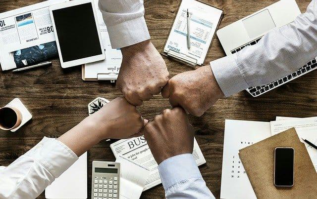 כיצד בוחרים חברה שמעניקה ייעוץ עסקי